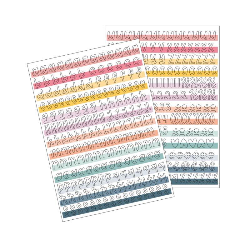 Contiene 2 Din-A4 con letras y números precortados adhesivos.